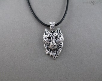 Wolf Head Necklace - Silver
