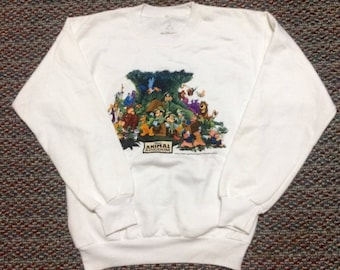 cartoon sweatshirt nice condition..size L