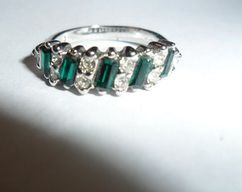 Green Stone and Silver Plated Vintage Ring