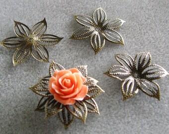 Antique Bronze Poinsettia Flower Filigree 36mm 546