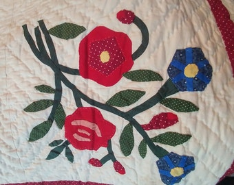 Americana Folk Quilt, Hand appliqued and quilted