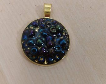 1in Bead Black and Gold Resin Pendant