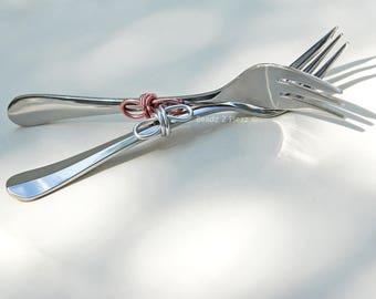 Mr Mrs wedding forks, custom cake forks, infinity knot, dessert forks, rustic, unique engagement gift, bridal shower, dinner cake, his hers,