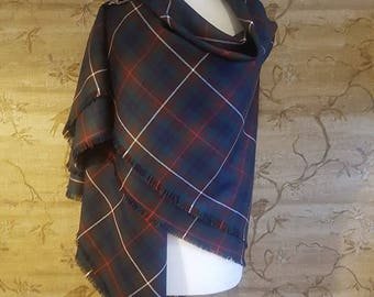 Modern Hunting Fraser Outlandish Shawl with Optional Clan Fraser Pin Selection