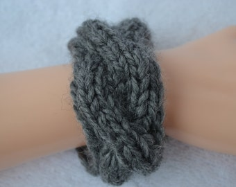 Bracelet Bangle gray knitted with braid friendship ribbon