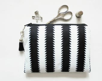 Mum gifts, Zipper Pouch, Black and white, Monochrome, small zipper bag, sewing pouch, wallet pouch.
