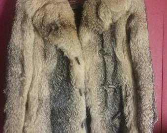 Vintage 70s Fur Scandinavian Wolf Leather trimmed Womens Fur Coat Size 36-38 xs s