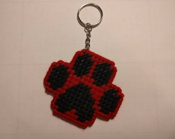 Paw Key Ring in Plastic Canvas