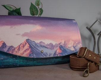 Mountain Bag Handbag, Clutch, Crossbody, Messenger bag