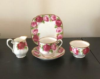 Vintage Royal Albert Old English Rose 5 Riece Set