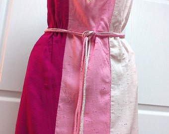 Vintage Stacy Ames Fucia, Pink and White Retro Short Sleeve Summer Dress