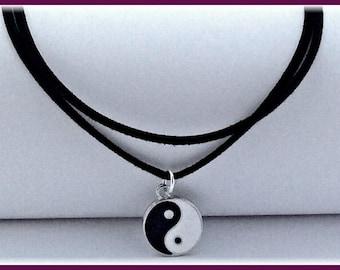Ying yang choker, Ying yang charm choker necklace, black choker, cord choker, double choker, 90's retro choker, thin choker, ying yang gifts