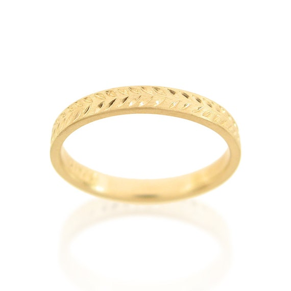18K 14K gold ring Wheat pattern wedding band Hand engraved