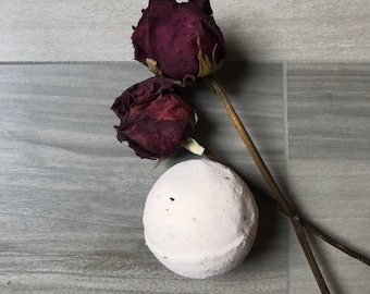 EMPOWER Moisturizing Bath Bomb