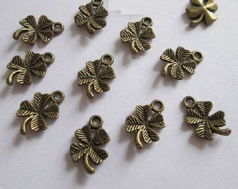 20 4 leaf clover charms