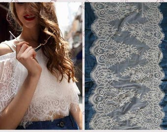 1.5Mx40cm off-white - Ref chantilly lace. 1536