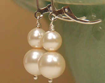 Pearl Earring, Double Ivory Pearl Leverback, Earring for Bride or Bridesmaid, Wedding Pearl Earring - Swarovski Pearls in Sterling Silver