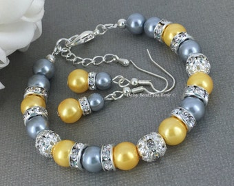 Grey and Yellow Pearl Bracelet Bridesmaid Gift Pearl Jewelry Bridesmaid Bracelet Bridesmaid Jewelry Maid of Honor Wedding Gift for Her