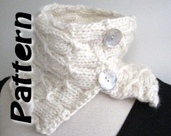 Scarf knitting pattern pdf, bulky yarn, easy written instructions, chunky button cowl, instant download