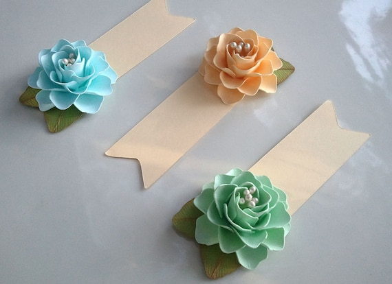 Items similar to placecards escort cards paper flowers items similar to placecards escort cards paper flowers weddings table decorations made to order set of 50 on etsy mightylinksfo