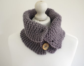 SALE Chunky Knit lilac winter cowl with button detail