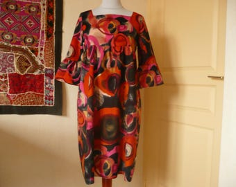 Velvet dress with cotton print in bright shades