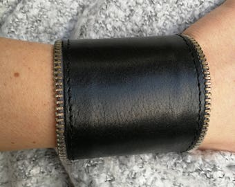 Black leather bracelet, genuine leather wristband, first class leather cuff bracelet, wrist band,