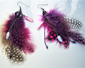 Ethnic earrings with Guinea fowl feathers, purple pink beige, Pearl and chalcedony