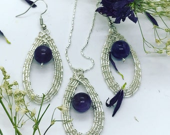 Wire weaved pendant and earring set
