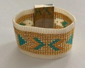 Woven seed Bead Bracelet