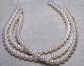 Rich Cream- glass pearls