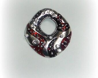GEOMETRIC silver pendant, red, rhinestones