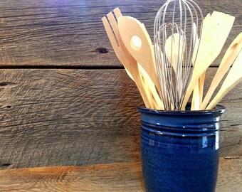 Utensil holder – Pottery utensil pot, Utensil crock, Ceramic, Stoneware, Handmade, Wheel thrown