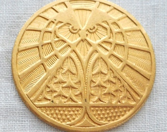 1 raw brass art nouveau deco owl medallion, pendant, charm, brass stamping, 31mm, made in the USA C6601