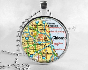 ILLINOIS CHICAGO Map Necklace, Chicago Necklace, Illinois Map Jewelry, Illinois Pendant, Illinois Charm, Glass Photo Art Pendant Necklace