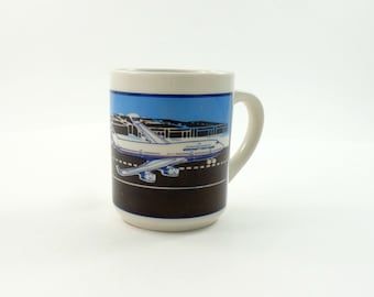 Vintage 80s Boeing Mug, Boeing 747, Airline Pilot Gift, Airline Memorabilia Airplane Cup Jet Aircraft Airplane Graphic Pilot Gift Pilot Mug