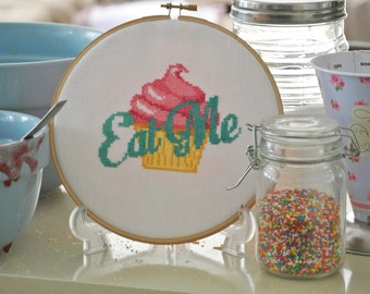 Eat Me Cupcake / Cross Stitch Digital Pattern PDF / Alice in Wonderland / Simple Modern Cross Stitch