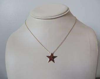Vintage 14k Solid Gold Hammered Star Pendant on Chain