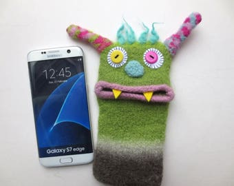 "Smartphone monster ""Susanne"", felted, cellphone case, sleeve, Samsung Galaxy A5, S7 Edge, Samsung Galaxy S8, mobile phone monster, felt, wool,"