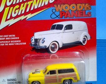 1940s Woody Station Wagon yellow diecast