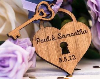 Custom Wedding Favors - Locket Favors - Heart Locket Favors - Heart Decor - Locket Decorations - Wooden Locket -  Table Decorations 04TD