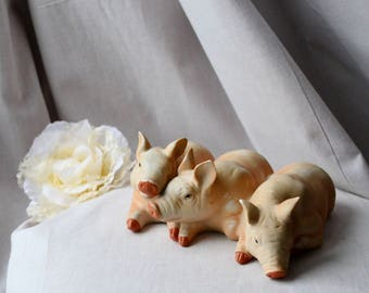 Pig gift Three pigs vintage porcelain pigs ornament pig decor pink pigs family chabby chick gift ornament pigs gift