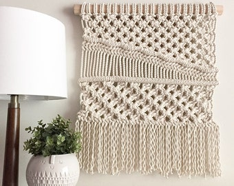Macrame Wall Hanging/Tapestry/Weaving