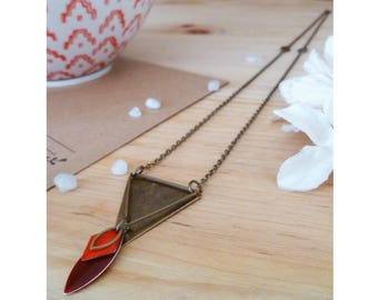 ENOLYA ▷ necklace Bohemian chic, pendant triangle & Burgundy - Red touch!