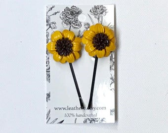 Pamela's daisy leather bobbie hairpins