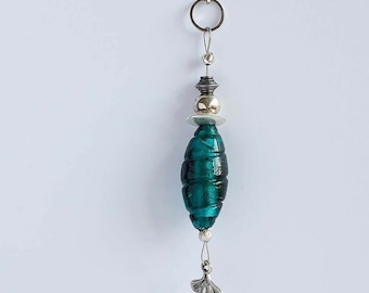 Long necklace with pendant dark turquoise