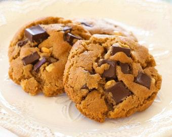 Dark Chocolate Chunk Peanut Butter Cookies