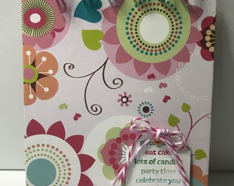 Doodle Flowers Birthday Reminder Book