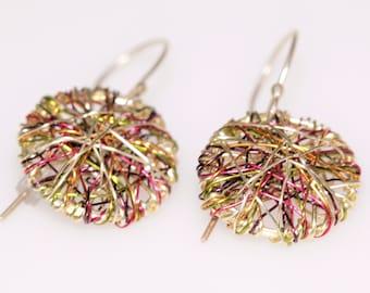 Gold disc earring, threader, short dangle, drop, geometric, wire earring, Hippie, Summer, modern minimalist jewelry, graduation gift for her