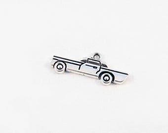 BVV67 - Cadillac Limousine Vintage antique silver Mercedes luxury car pendant